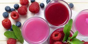 El jugo concentrado de arándanos mejora la función cerebral en las personas mayores