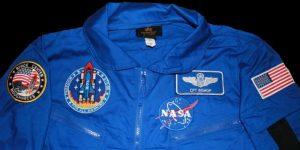 Nuevo traje espacial de la NASA, sorprende con su estilo futurista