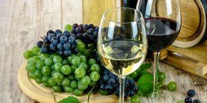 ¿El jugo de uvas ofrece los mismos beneficios para el corazón que el vino?