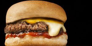 ¿Qué cadena de comida rápida proporciona una mayor cantidad de calorías?